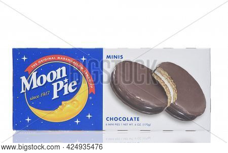 IRVINE, CALIFORNIA - 26 JUNE 2021: A box of Moon Pie Minis confections, two round graham cracker cookies, marshmallow filling center, dipped in a chocolate flavored coating.