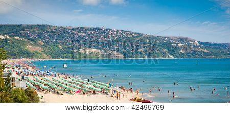 Panoramic view of Golden Sands beach (Zlatni Piasci) in Bulgaria.