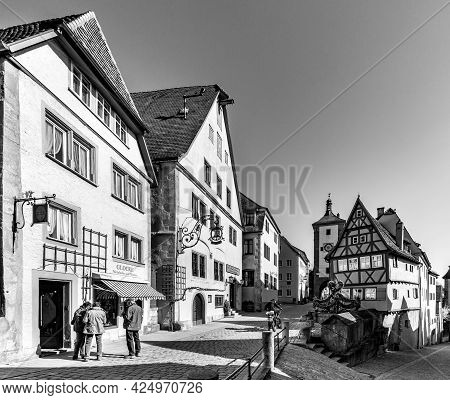 Rothenburg, Germany - April 19, 2015: People In The Old Cobble Stoned Road In  Rothenburg Ob Der Tau