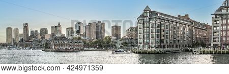 Boston, Usa - September 29, 2017: View To  Skyline Of Boston With Old And Modern Skyscraper And Rive