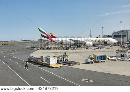 Boston, Usa - September 11, 2017: Emirates Aircraft At Terminal At Boston Logan International Airpor
