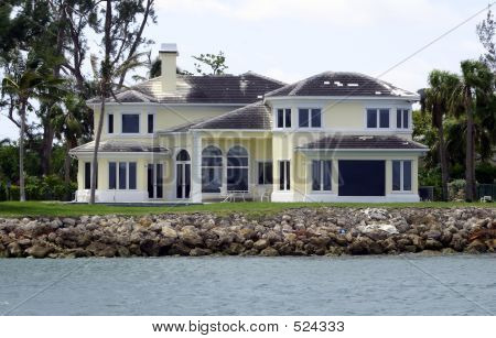 Luxury Home Under Repair