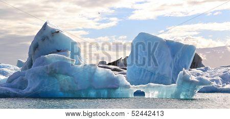 Blue Iceberg, Iceland