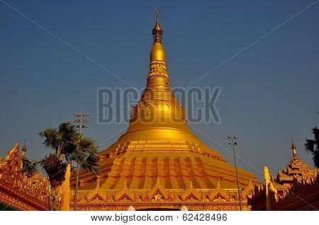 Pagoda in Mumbai
