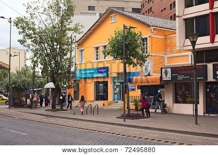 Banco Bolivariano on Amazonas Avenue in Quito, Ecuador