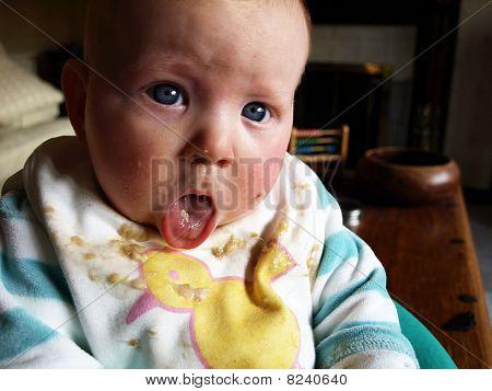 baby in bib weaning
