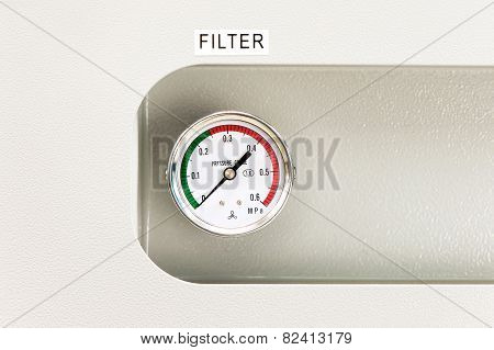 Industrial Circle Thermometer With Temperature Gauge. Arrow On Zero.