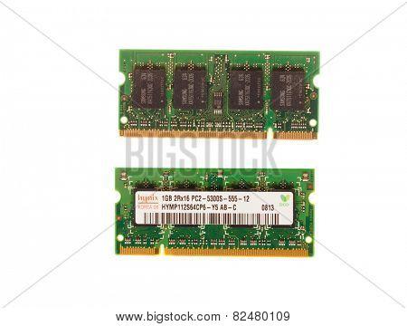 Hayward, CA - August 11, 2014: 1GB memory stick of Hynix PC2 -5300- 555Mhz laptop DRAM - illustrative editorial