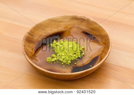 Japanese jelly with green tea powder