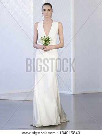 Oscar De La Renta - Bridal Spring/summer 2017 Runway Show