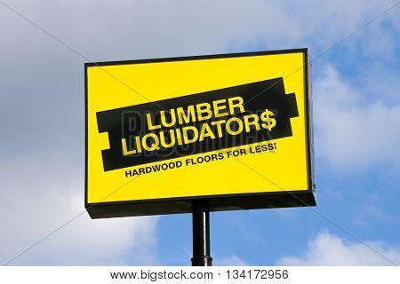 Lumber Liquidators Store Exterior