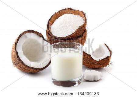 Coconut Milk And Grounded Flakes