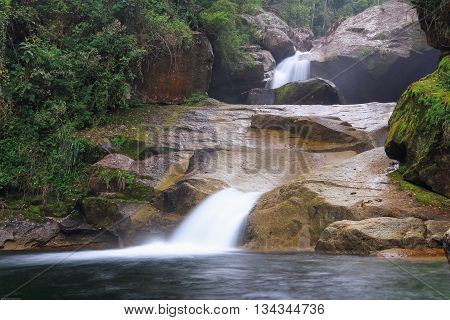 Waterfall with a beatiful  Bride Vail look