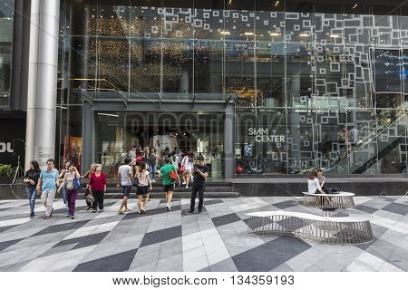 BANGKOK THAILAND - MAY 29 : unidentified tourist in open space at Siam Center after renovate in siam square on may 29 2016 thailand. siam aquare is one of landmark for tourist in bangkok