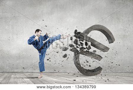Karate man attack euro