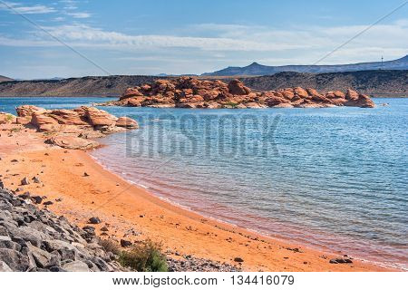 Sand Hollow State Park in Utah, USA