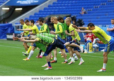 Uefa Euro 2016: Ukraine Pre-match Training In Lyon