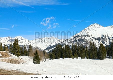 Mountains are still covered in snow at Molas Pass in Colorado