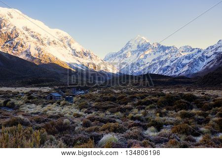 A hut for hikers to take rest while tramping in Hooker Valley track.