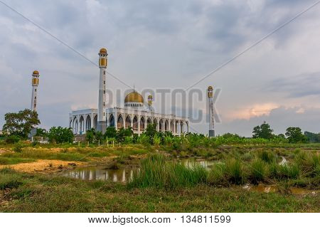 This is a picture of a mosque Location in Thailand.
