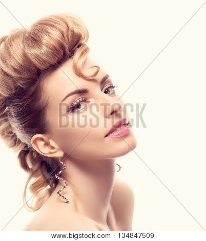 Fashion mohawk hairstyle, natural makeup. Fashion beauty woman, mohawk. Blonde nude sexy model girl, fashion makeup, eyelashes. Creative unusual fashion. Skincare fashion concept, creative hairstyle