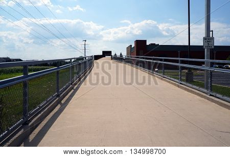 The IL 59 Ped/Bike Bridge allows pedestrians and cyclists safely to cross Highway 59 in Naperville, Illinois.