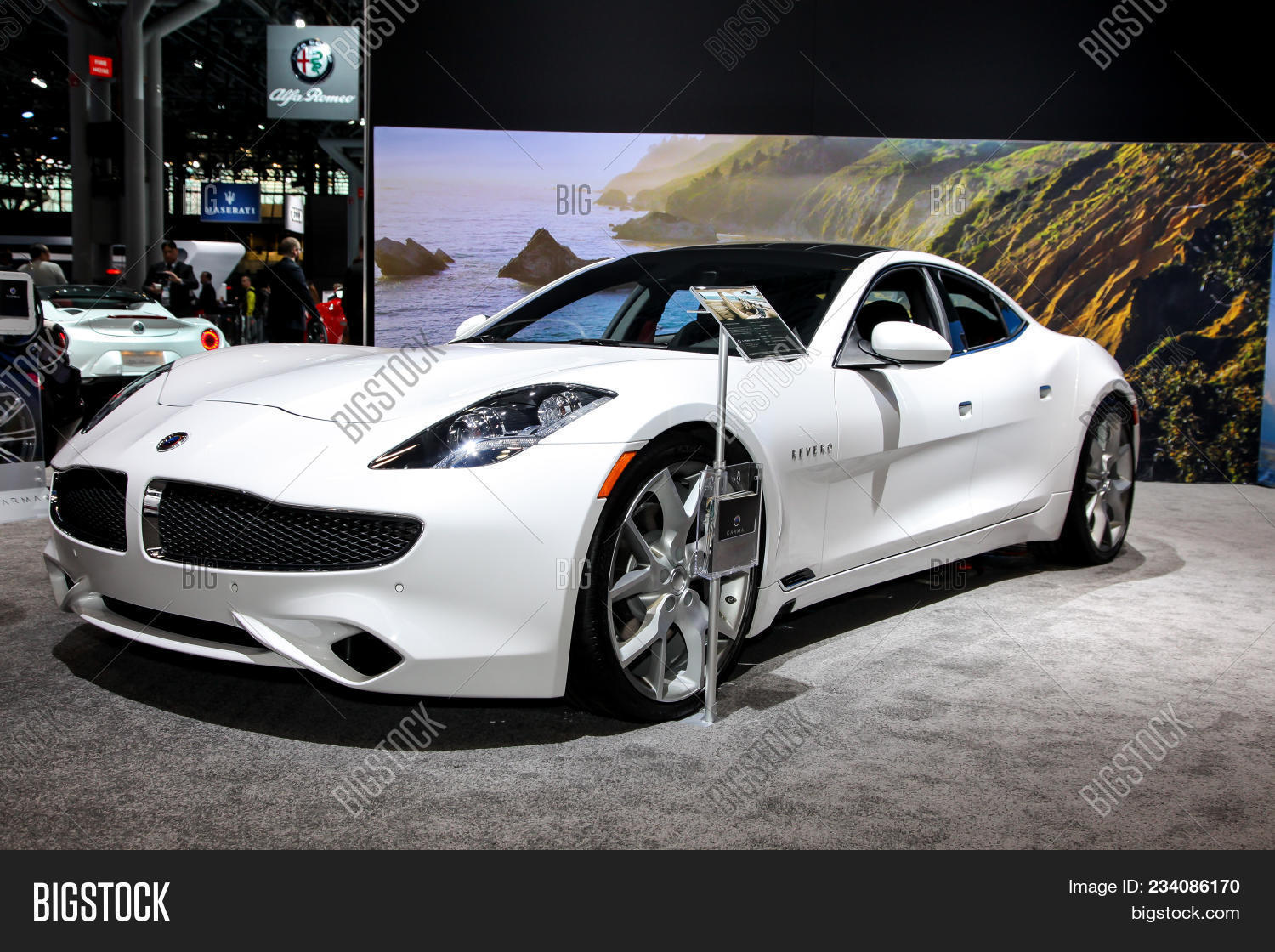 NEW YORK CITYMARCH Image Photo Free Trial Bigstock - Jacob javits center car show 2018