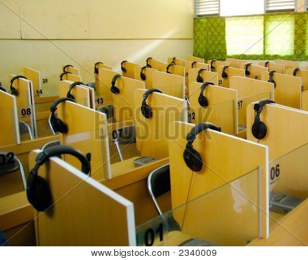A Room Full Of Headset