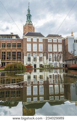 The Hague, The Netherlands - March 31, 2018: Historic Buidlings Around The Nutstuin In The Hague Wit