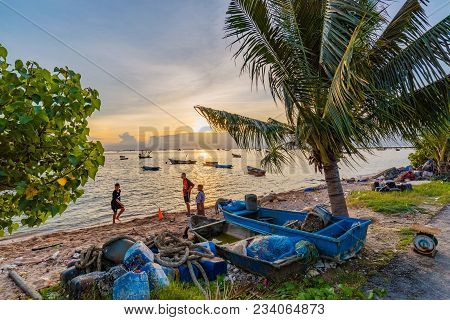 Siracha, Thailand - August 10: This Is A View Of The Beach In Siracha Seaside Town Which Is A Popula