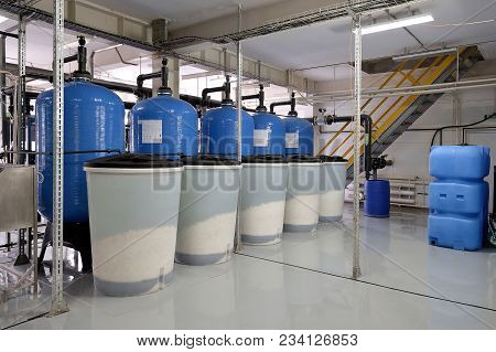 Production, A System For Cleaning Water And Various Liquids. New Technologies, Communications And De