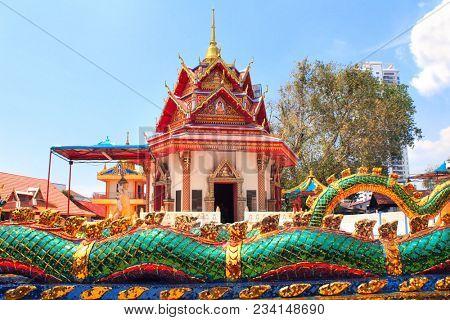 Pavilion in Pulau Tikus, thai Buddhist temple (Wat Chayamangkalaram), Georgetown, Penang island, Malaysia
