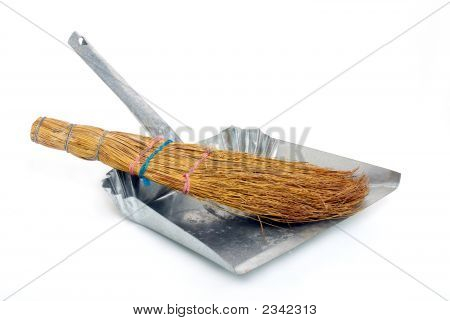 Natural Broom In Metal Dustpan