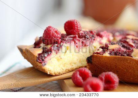 homemade raspberry pie