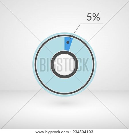 5 Percent Pie Chart Isolated Symbol. Percentage Vector Infographics. Circle Diagram Sign. Business I