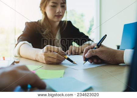 Portrait Beautiful Real Estate Agent With Client To Signing Contract For Rent Or Buy Home - Real Est