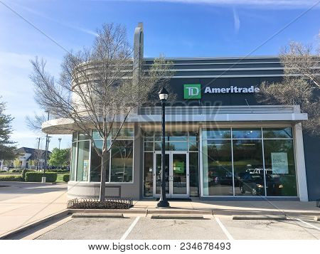 Entrance To Td Ameritrade Branch Office In Irving, Texas, Usa