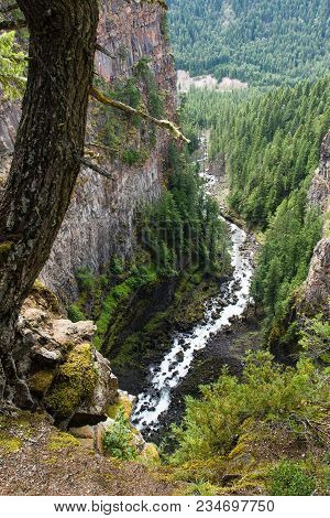 Spahats Falls. Wells Gray Provincial Park Clearwater British Columbia Canada