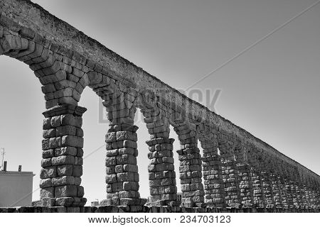 Very Nice Point Of View Of The Aqueduct