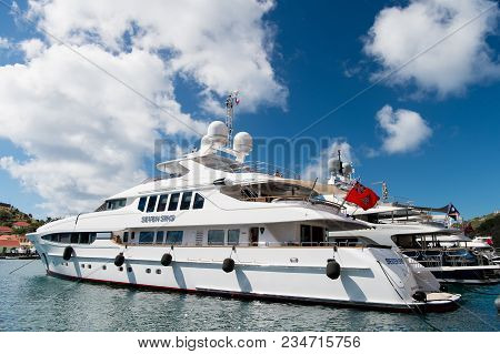 Gustavia, St.barts - January 25, 2016: Yachting, Luxury Travel On Yacht. Yachts Anchored At Sea Pier