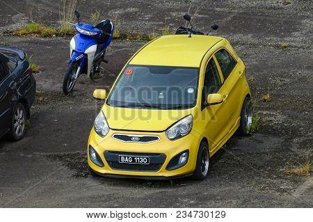 Penampang,sabah-mac 25,2018:view Of Brunei Car Registration Plates Seized By Malaysian Law Enforceme