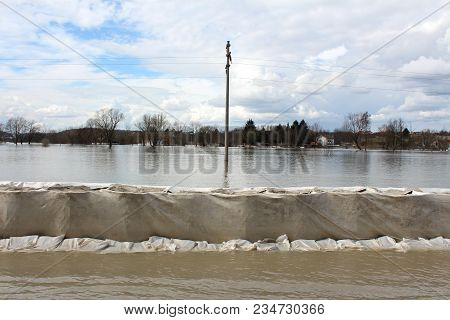 Sandbox Barriers Flood Protection Completely Covered With Geotextile Fabric With Sandbox Flood Prote