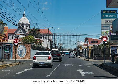 San Ramon De Palmares, Costa Rica-march 05, 2017: Road Junction In San Ramon De Los Palmares, Costa