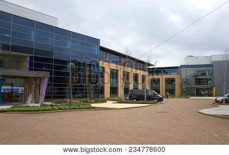 Bracknell, England - April 04, 2018: The Aspect Site In Bracknell England, Comprising Three Office U