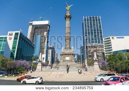 Reforma Avenue, Mexico City - March 25, 2018. Assembly Carried Out Mainly By Women On Reforma Avenue