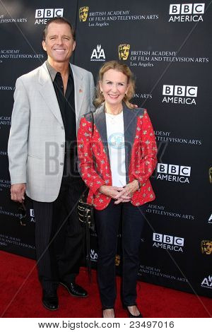 LOS ANGELES - SEP 17:  Maxwell Caufield, Juliet Mills arrives at the 9th Annual BAFTA Los Angeles TV Tea Party. at L'Ermitage Beverly Hills Hotel on September 17, 2011 in Beverly Hills, CA