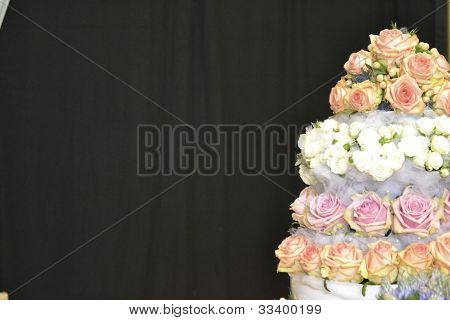 horizontal flower cake