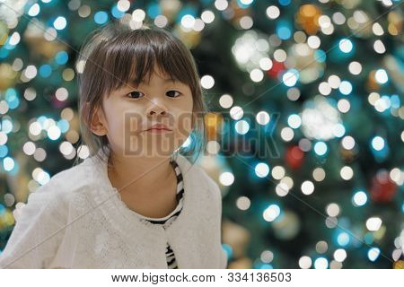 Christmas Tree And Japanese Girl (5 Years Old)