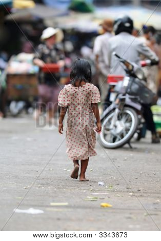 Cambodian Kid Goes Shopping