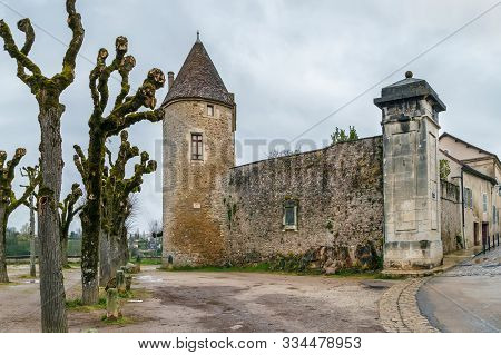 Gaujard Tower From 1438 In Avallon City, France